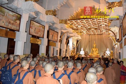见舍利如见佛 深心礼敬增福增慧——则悟大和尚率团参访斯里兰卡佛牙寺瞻礼佛牙舍利