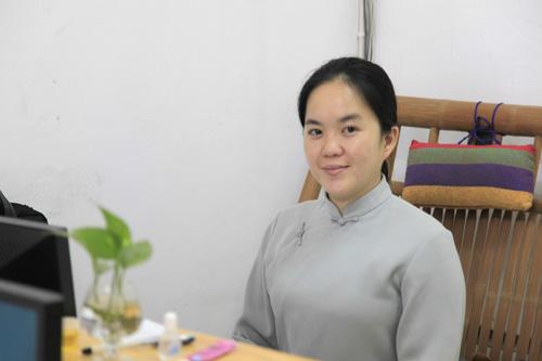 露慈副秘书长