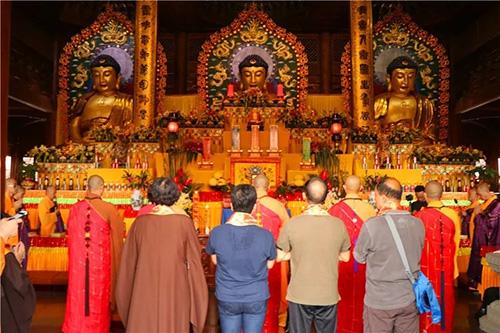 梵天禅寺第七届水陆普度盛会举行熏坛、补经仪式