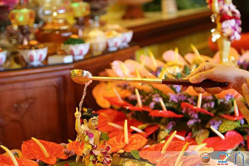 石室禅院四月初八释迦牟尼佛圣诞浴佛法会圆满举行