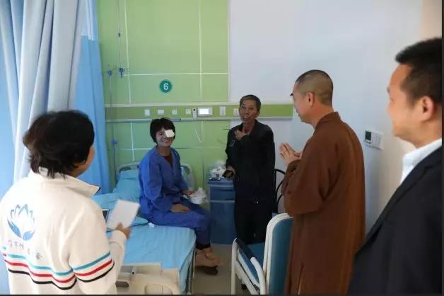鸿山慈善会组织2019年首批眼疾患者顺利完成手术