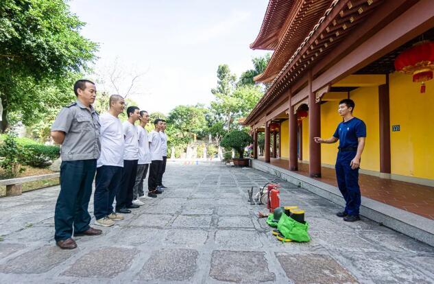 石室禅院开展消防安全培训和应急演练