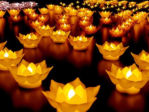 天竺岩寺为中高考学子供灯祈福圆满